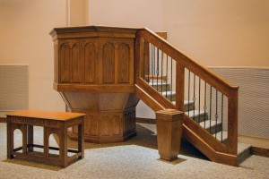 Pulpit, Covenant PCA, Oak Ridge, 8-19-2015